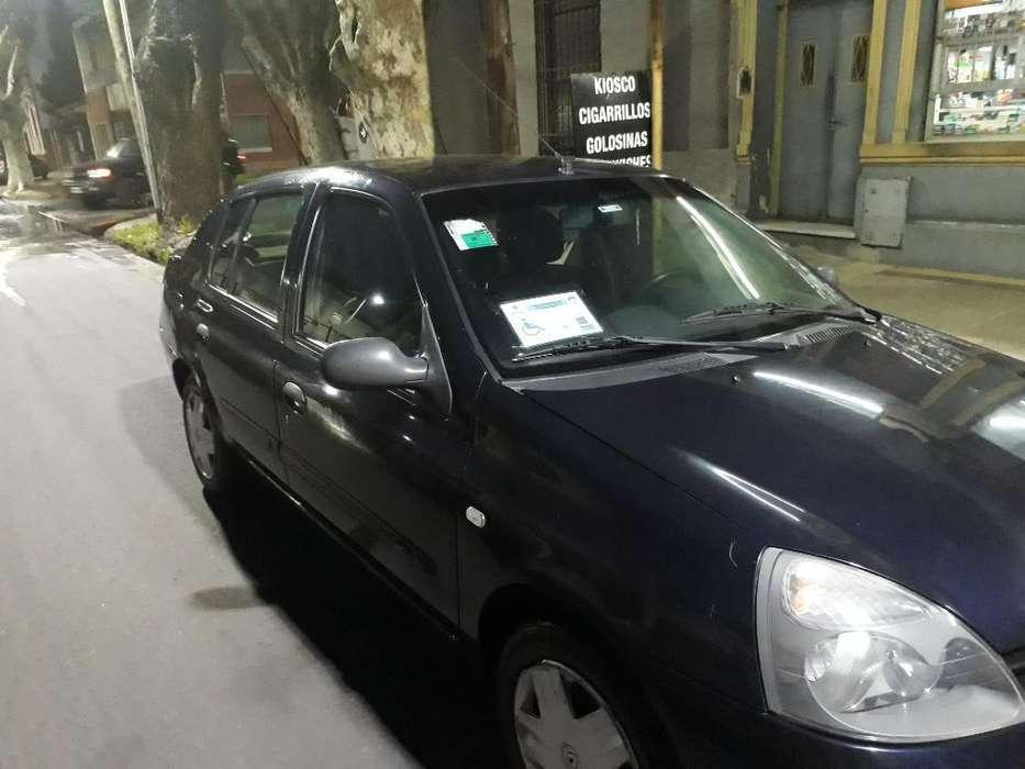 Renault Clio  2007 - 180000 km