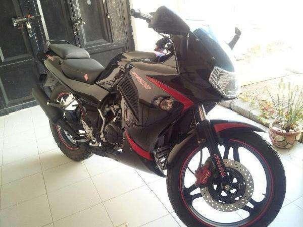 Moto Italika rt200