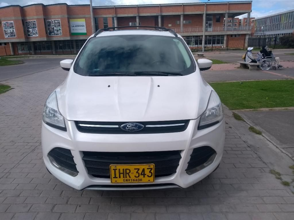 Vendo Ford Escapé 2015 Full Equipo 4/4