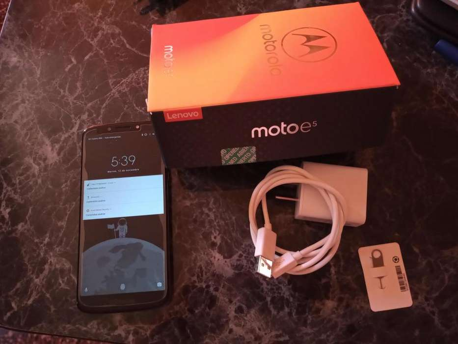 Vendo Moto e5