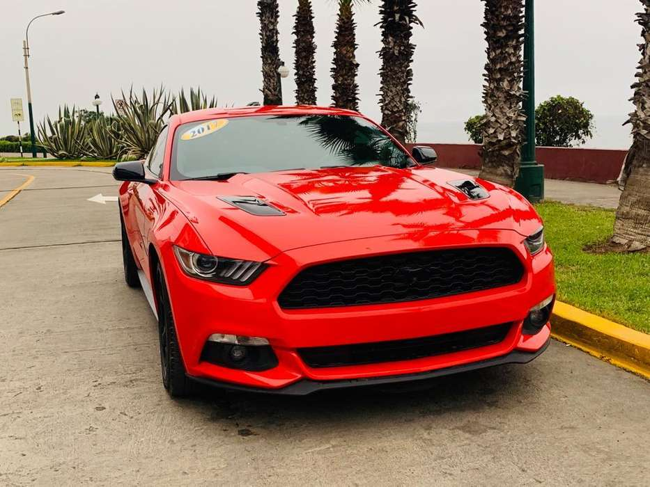 Ford Mustang 2017 - 13600 km