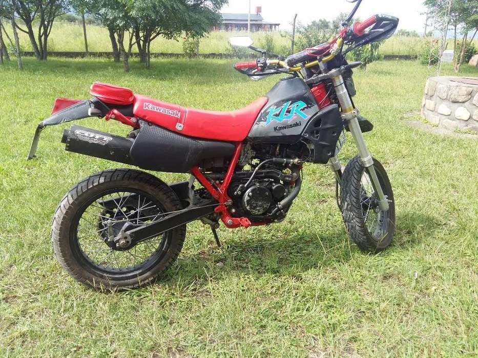 Vendo <strong>kawasaki</strong> Klr 250 Motard