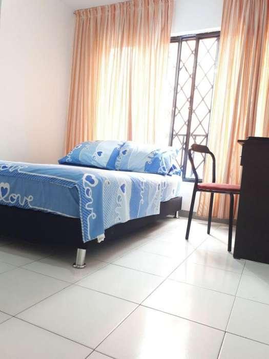 Habitaciónes equipadas Buen precio Diario WI FI Tv LCD tv cable Cama BARRIO CANEY <strong>sur</strong> de CALI buen barrio