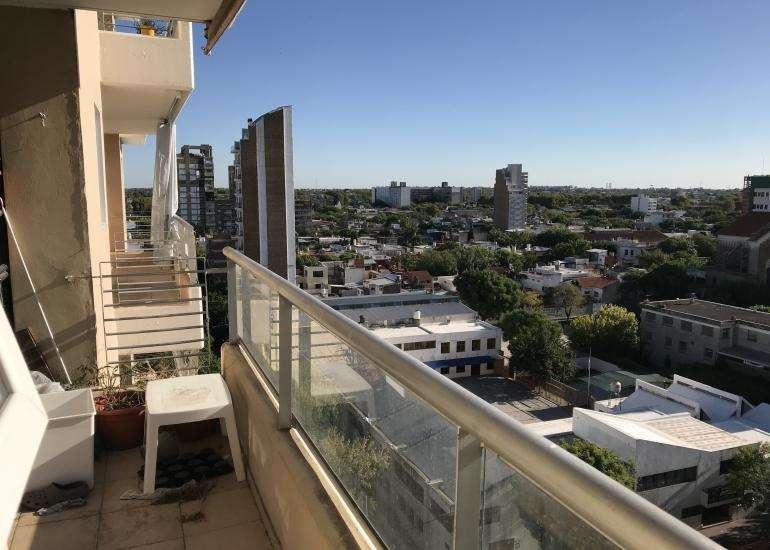 Paraguay 2300 Departamento de 1 dormitorio amplio balcón al frente y ventilación cruzada en Barrio Abasto.
