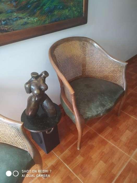 4 <strong>sillas</strong> de Madera Mimbre Ycuero Buenas