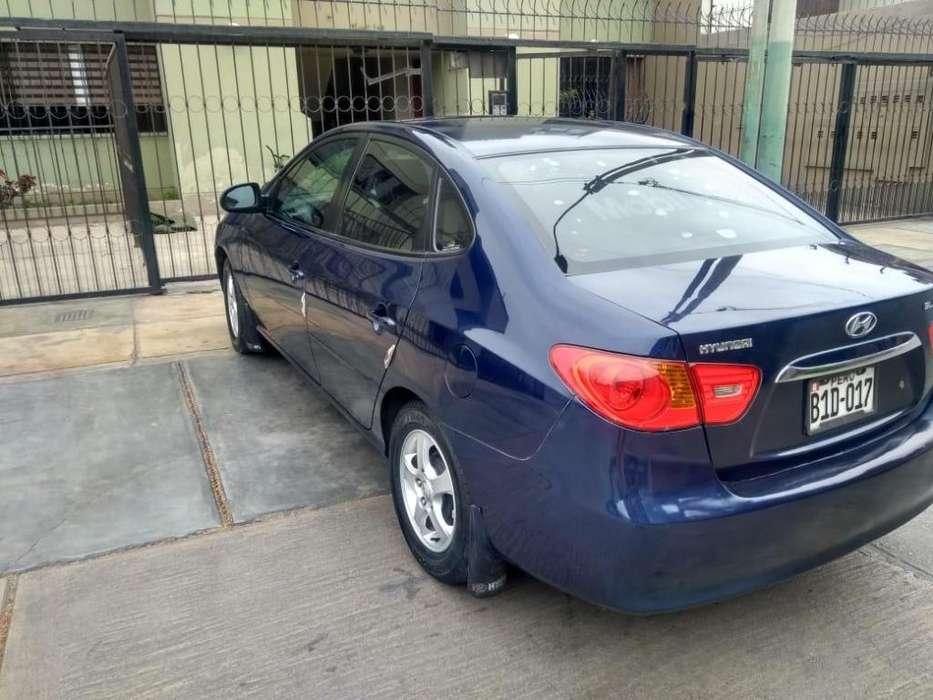 Hyundai Elantra 2010 - 130 km