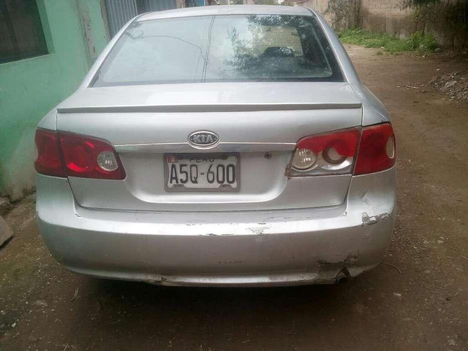 Kia Otro 2006 - 12358 km