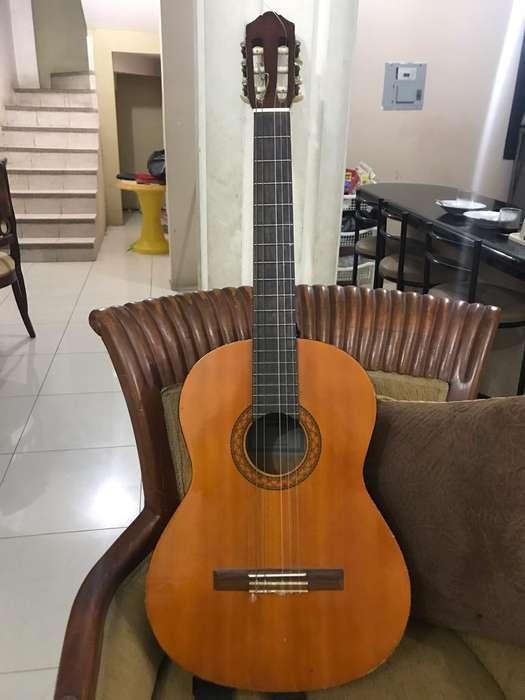 Guitarra - Yamaha