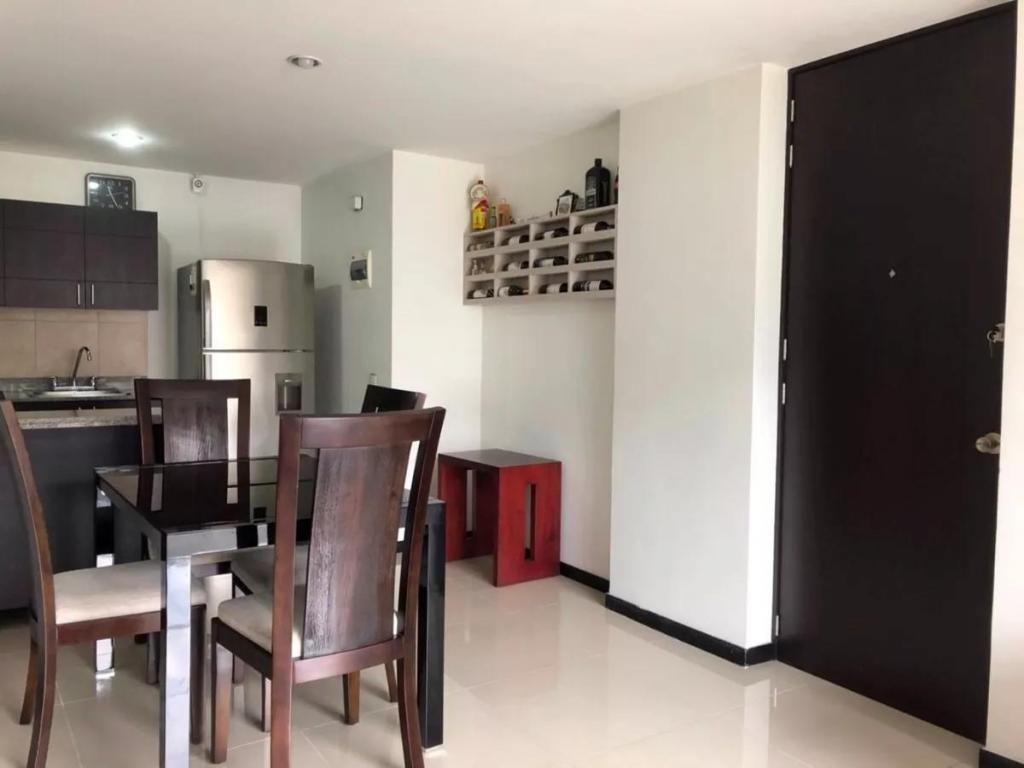 Apartamento en Venta Ciudad del Rio Medellin, El Poblado. Una joya en El Poblado...