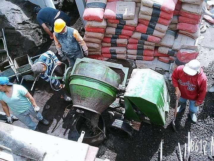 Concretera Ambato0979009420