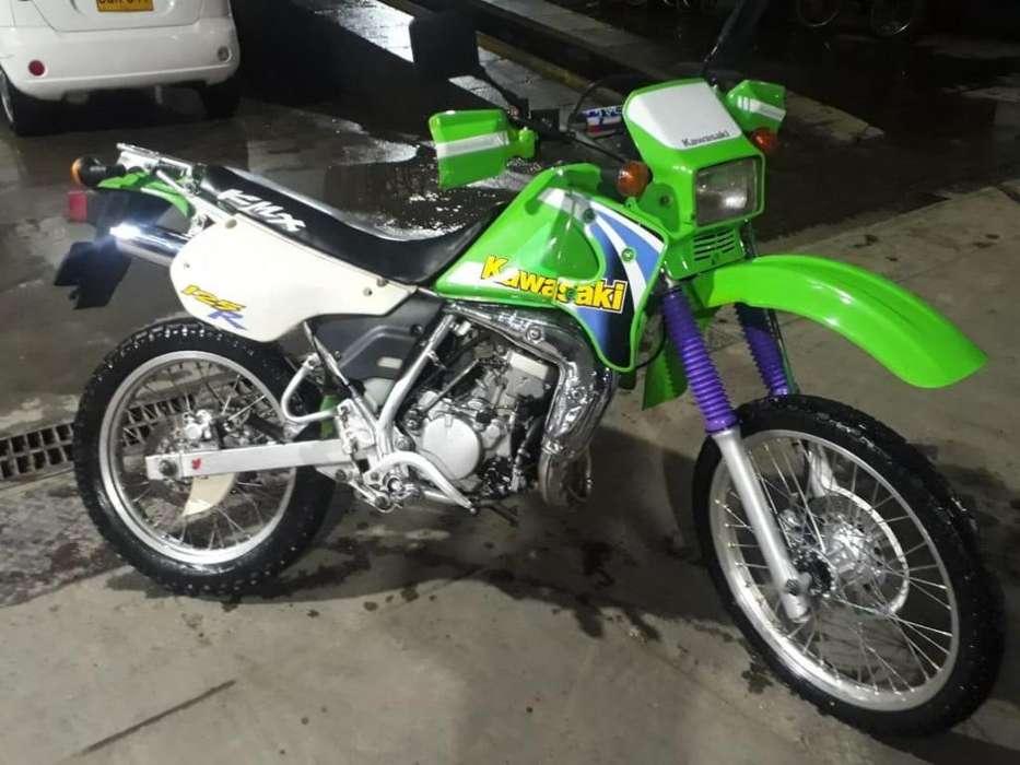 <strong>kawasaki</strong> KMX 125 Mod 1991 montada en 2005