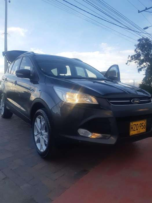 Ford Escape 2016 - 80000 km