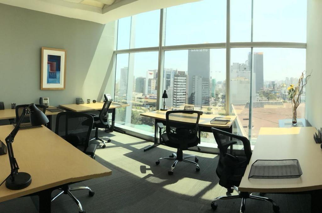alquilo oficinas Centro empresarial (Todo Incluido)