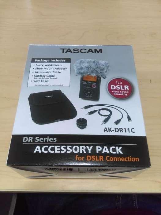 Kit de accesorios de cámara Tascam AK-DR11C para grabadoras (NUEVO) de mano