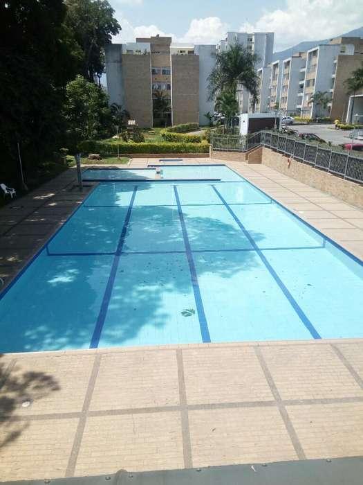 Apartaestudio garaje piscina ascensor