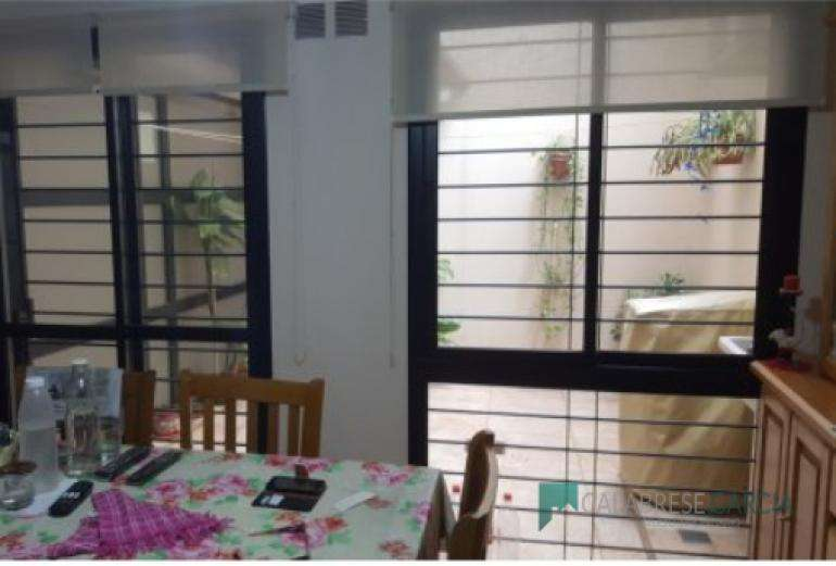 Vendo dpto 2 dormitorios/ zona Centro/ Planta Baja