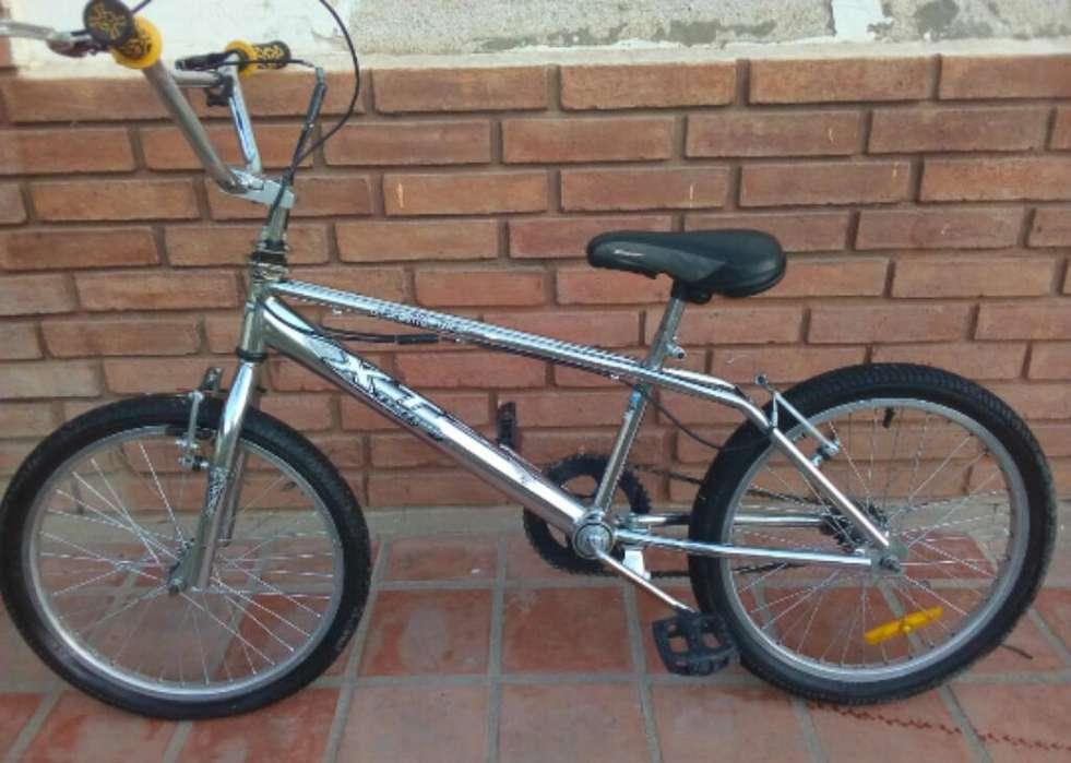 Bicicleta Tomqselli Cromada Xt