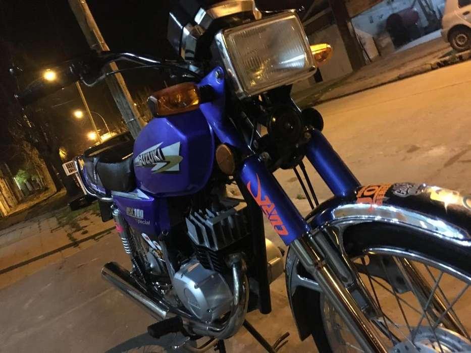 Vendo moto <strong>suzuki</strong> ax 100