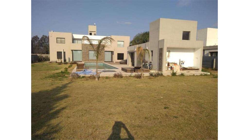 Venta Casa Ubicada En B Cañuelas Country Golf Lote / N 1 - UD 450.000 - Casa en Venta