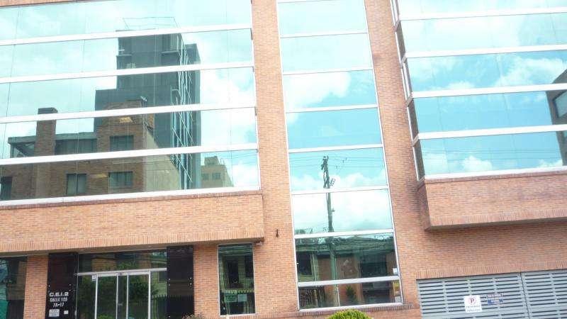 Consultorio En Venta En Bogota Santa Barbara Occidental-Usaquén Cod. VBPRE10782