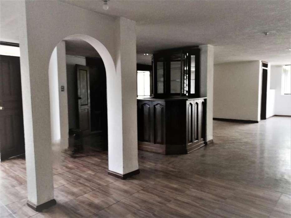 Arriendo amplio dep 4 dormitorios, Eloy Alfaro, Sector Solca