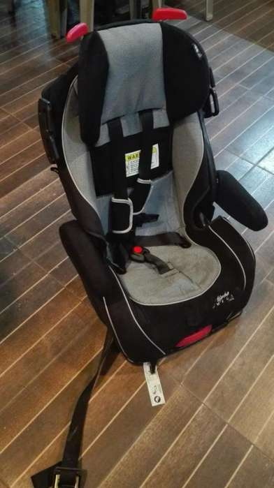 silla de niño o niña para vehiculo