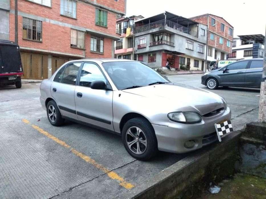 Hyundai Accent 2000 - 302000 km