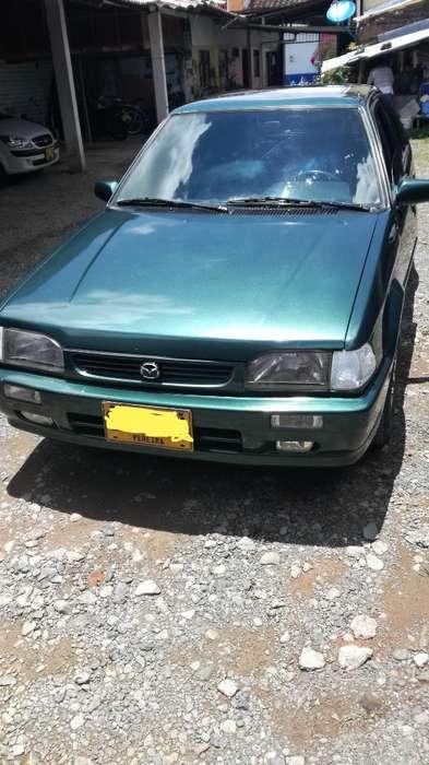Mazda 323 1999 - 56000 km