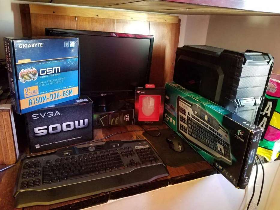 <strong>pc</strong> Gamer/Diseño Alta Gama completa con monitor.
