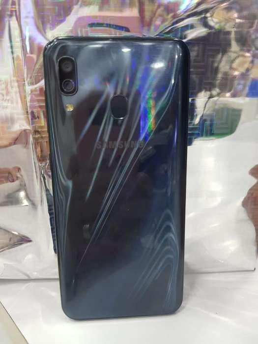 Samsung Galaxi A30
