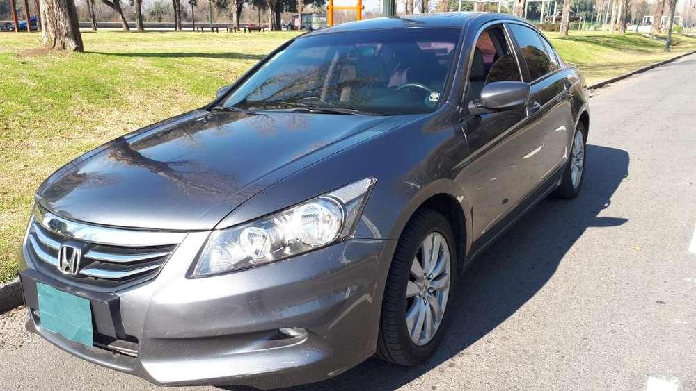 Honda Accord 2011 - 83200 km