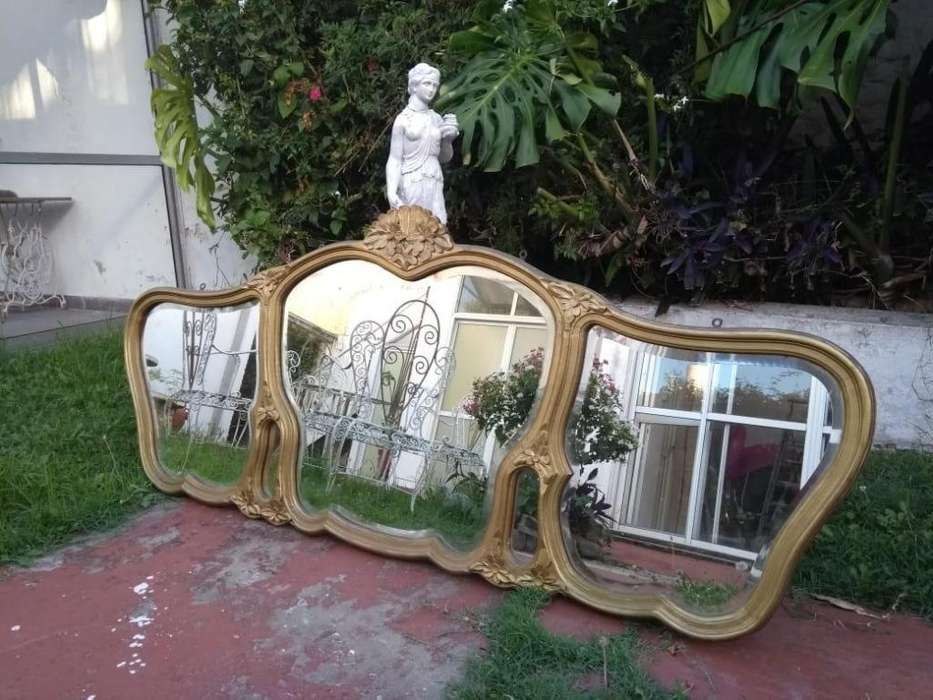 Espejo antiguo de 3 cuerpos