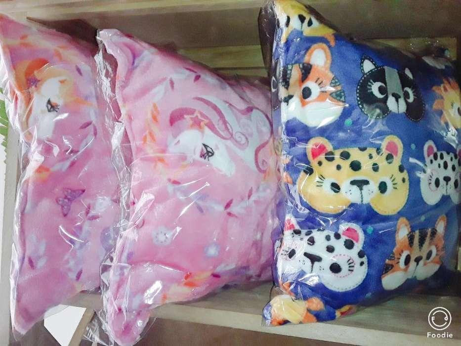 Almohadones de niños