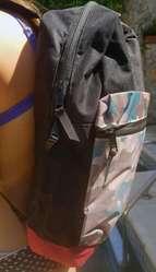 Mochila portanotebook Hand Loose. NUEVA