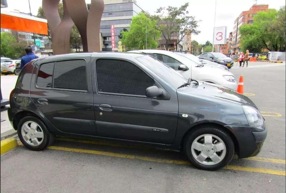 Renault Clio  2011 - 96944 km