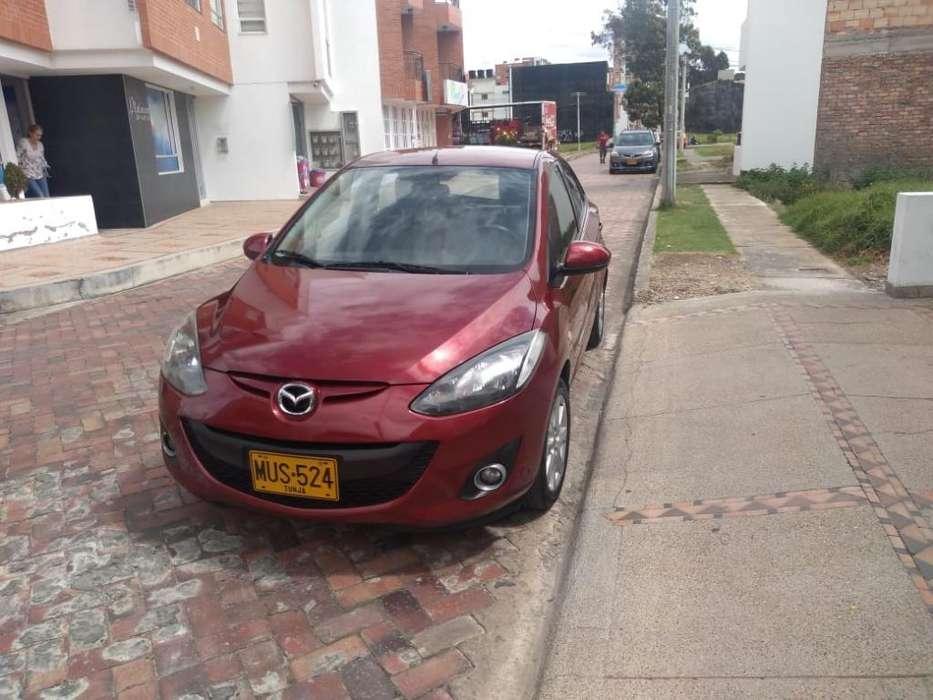 Mazda 2 2014 - 61300 km