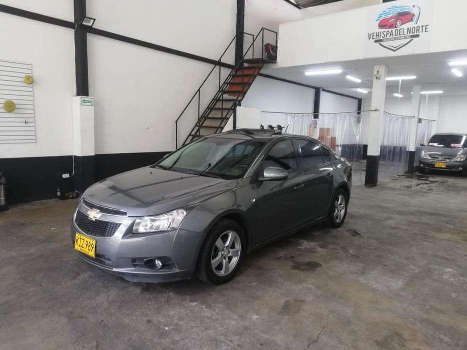 Chevrolet Cruze 2011 - 118120 km