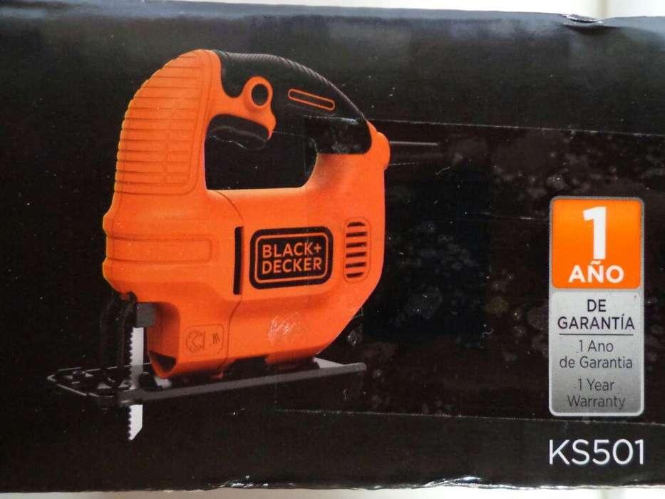Vendo Caladora Black Y Decker 420w