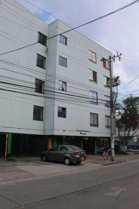 Apartamento En Venta En Cali Napoles Cod. VBCMC7940