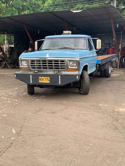 Ford Grúa planchon modelo 77