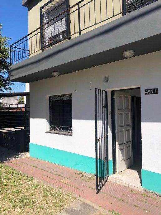 Casa en alquiler en Ezpeleta Este