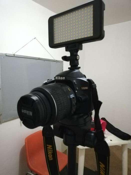 Cámara Fotográfica Nikon, Luz, Tripode
