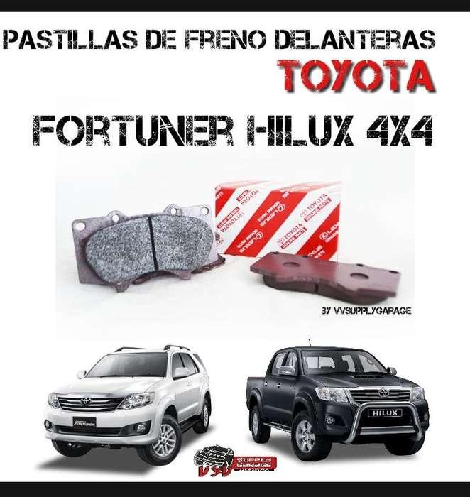 JUEGO PASTILLAS DE FRENO DELANTERAS TOYOTA HILUX 4X4 FORTUNER 4RUNNER ORIGINAL TOYOTA
