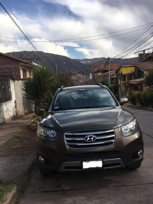 Hyundai Santa Fe 2012 - 97000 km