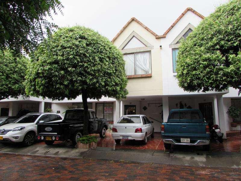 Casa En Arriendo En Cúcuta Los Pinos Cod. ABTON16777