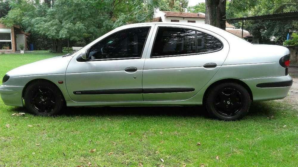 Renault Megane  1998 - 11111 km
