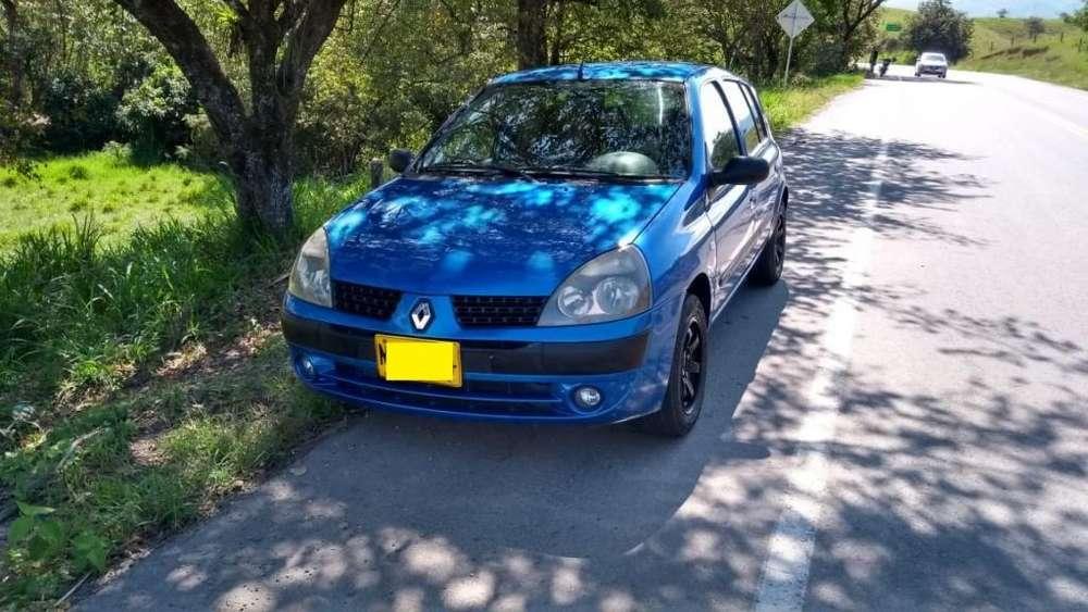 Renault Clio  2006 - 175000 km