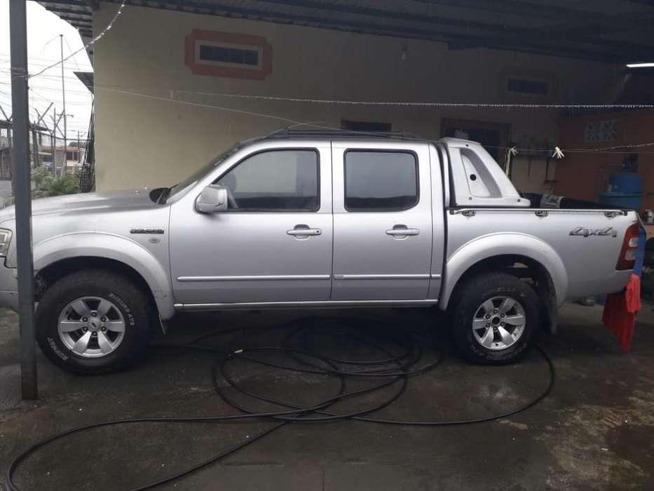 Ford Otro 2008 - 220000 km