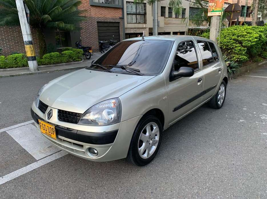 <strong>renault</strong> Clio  2008 - 110000 km