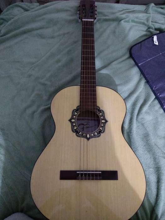 Guitarra Criolla Clásica Fonseca